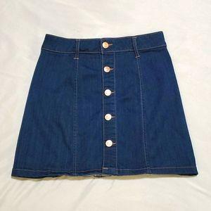 NWOT💥Celebrity Pink brand  button-down jean skirt